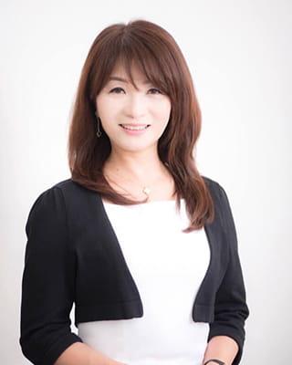 写真:専務 小林美和子