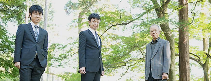 写真:小林大伸堂 三代目・四代目・五代目